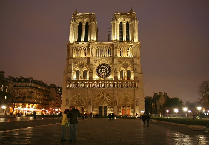 Couple IN Notre Dame