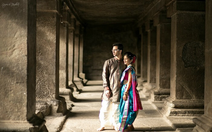 Pre wedding shoot of a couple in Pataleshwar Temple Pune