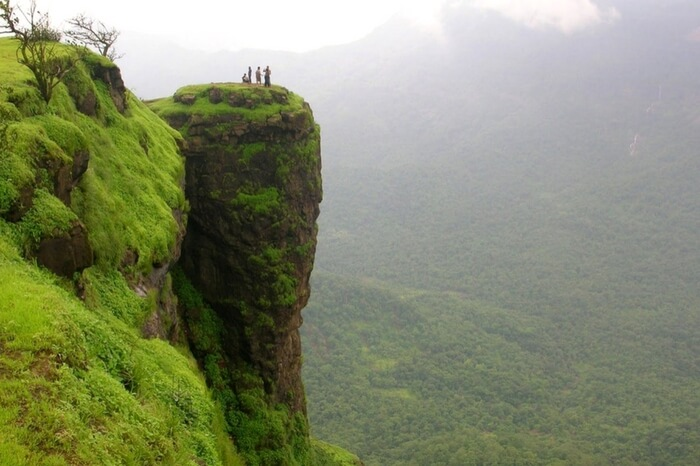 Breathtaking clifftop view in Matheran in Raigad