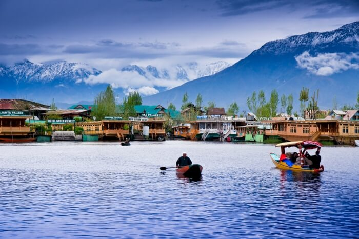 15 Best Houseboats In Kashmir A Treat For Nature Buffs