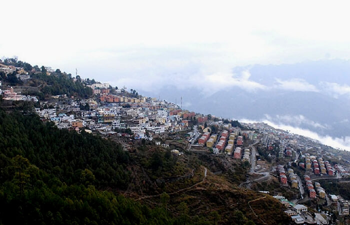Perfect view of New Tehri tucked in the mountains