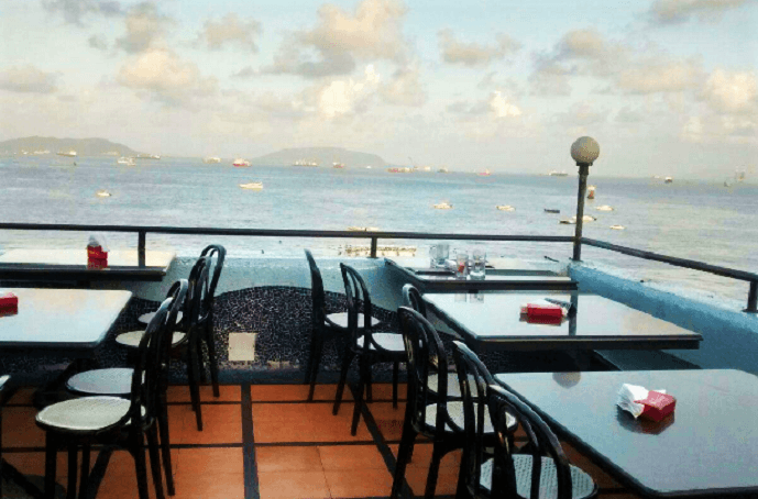 rooftop cafe in mumbai