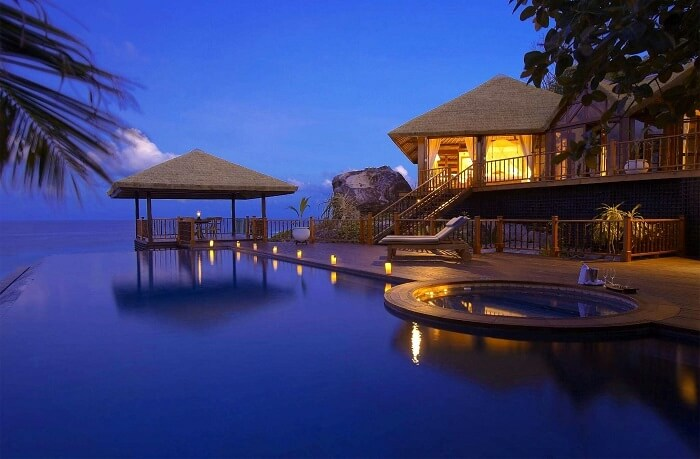 luxury islands to visit world