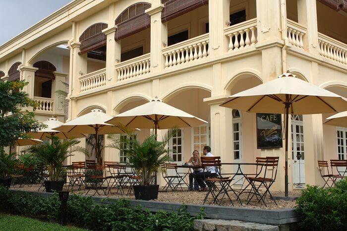 Alfresco dining at Cafe Vienna in Hoi An Anantara