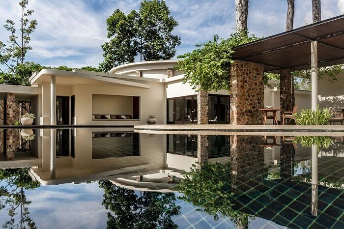 A view of the main pool at Amansara Resort in Siem Reap
