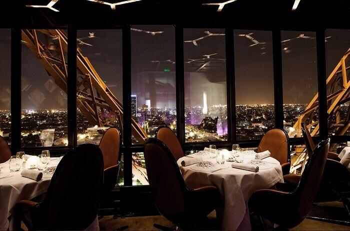 romantic restaurants in paris