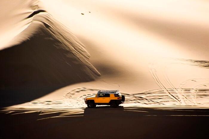 desert tour by car