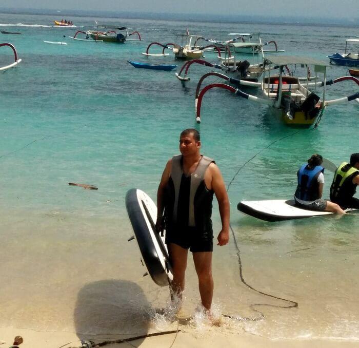 paddle-boarding in Bali