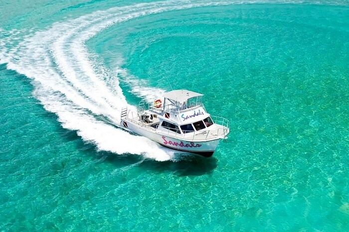 Water taxi in Bahamas