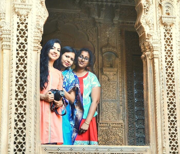 exploring the jaisalmer palaces