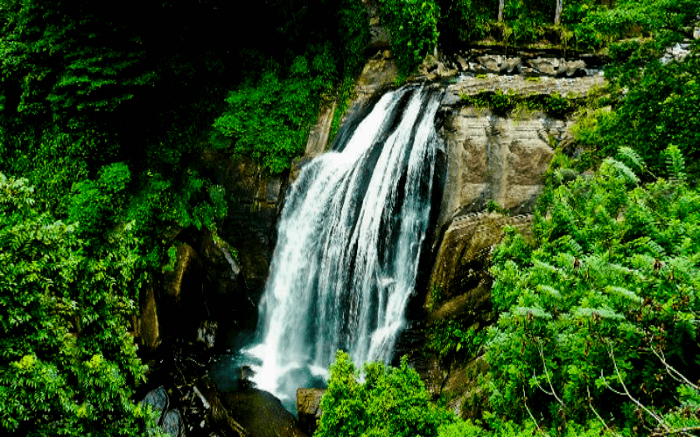 A view of Hulu waterfall cascading into the rocks