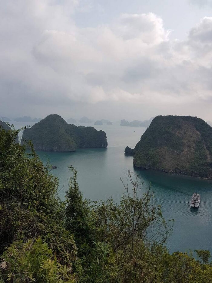 views of the halong bay