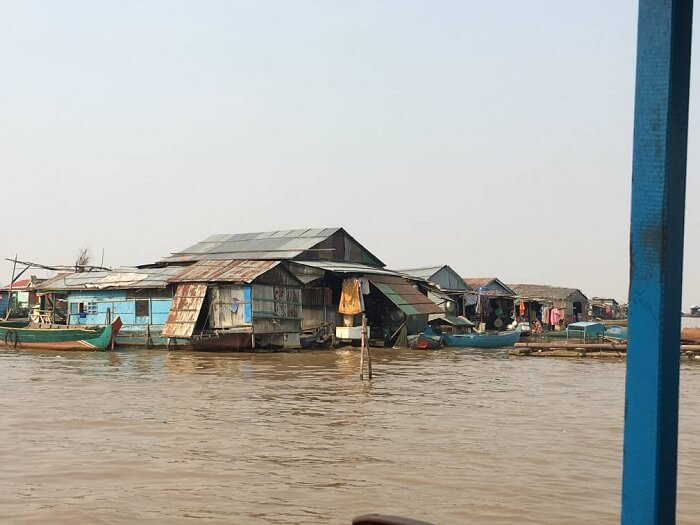 tonle sap river in cambodia