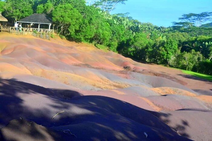 chamarel colored earths