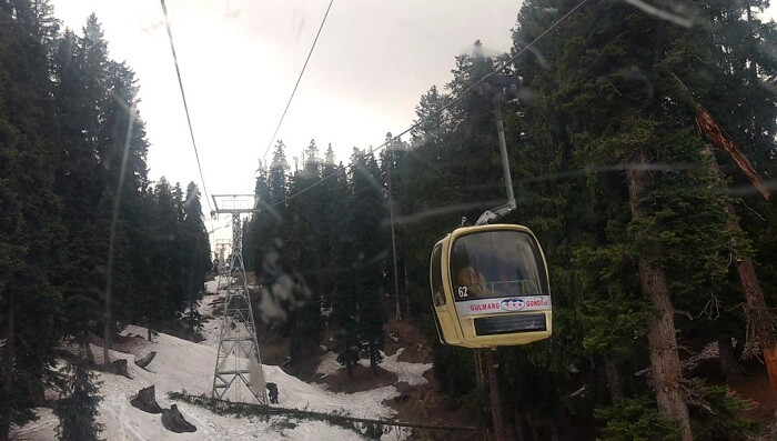 gondola ride in gulmarg