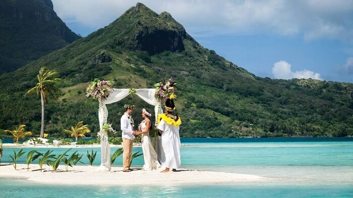 best beach weddings world