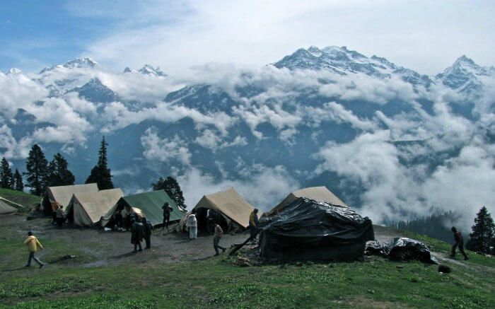 camping in mist covered mountains of Narkanda