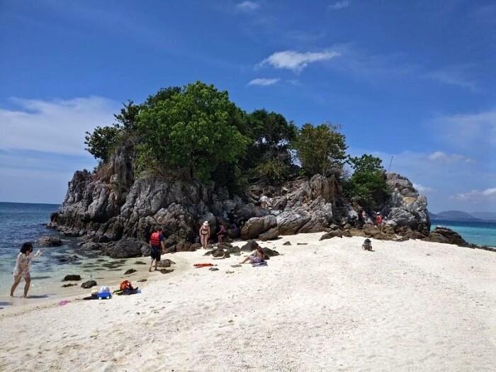 Khai island tour