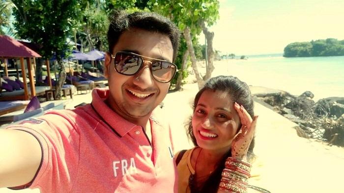 couple on honeymoon in bali