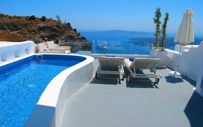 infinity pool at the terrace of Pegasus villas