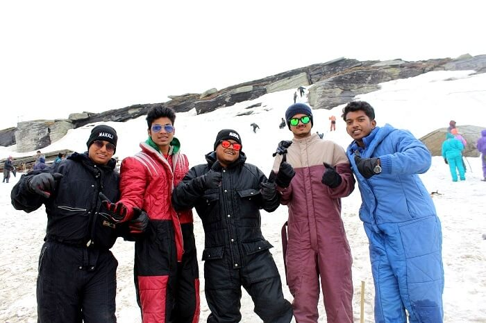 friends trip to rohtang pass
