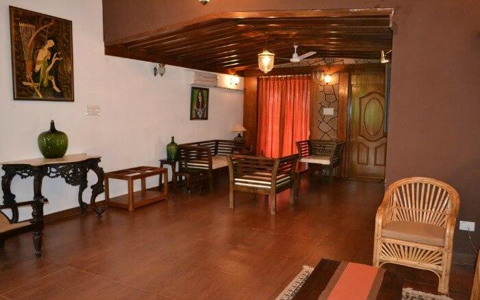 Beautiful interiors of Casa Tropicana Villa Caroline