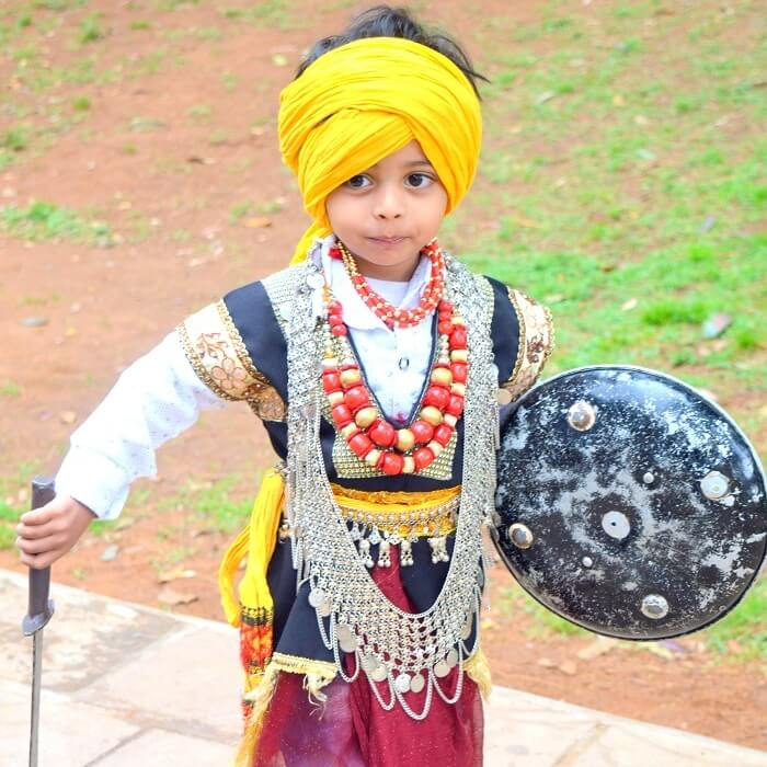 traditional dress of meghalaya