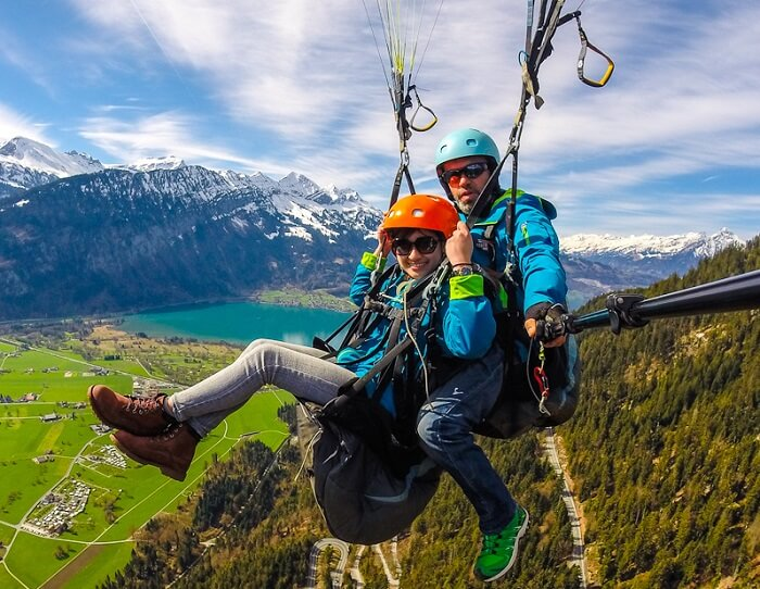 paragliding in interlaken switzerland
