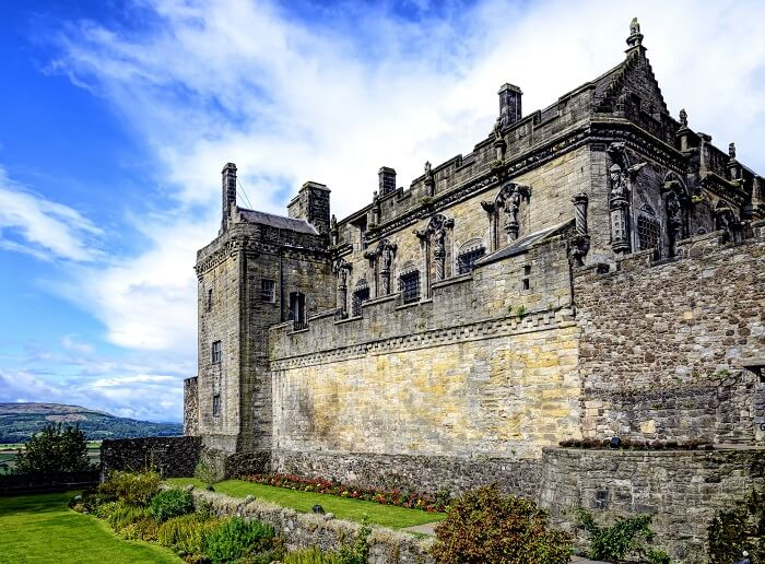 famous castles in scotland