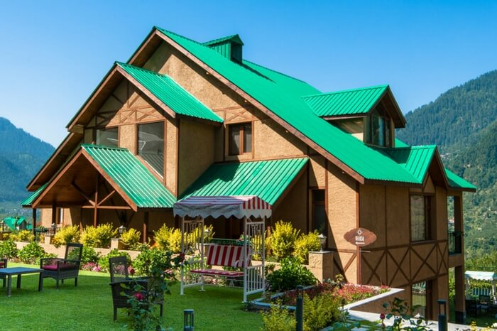 Front view of one of the cottages of Anantmaya boutique hotel in Manali