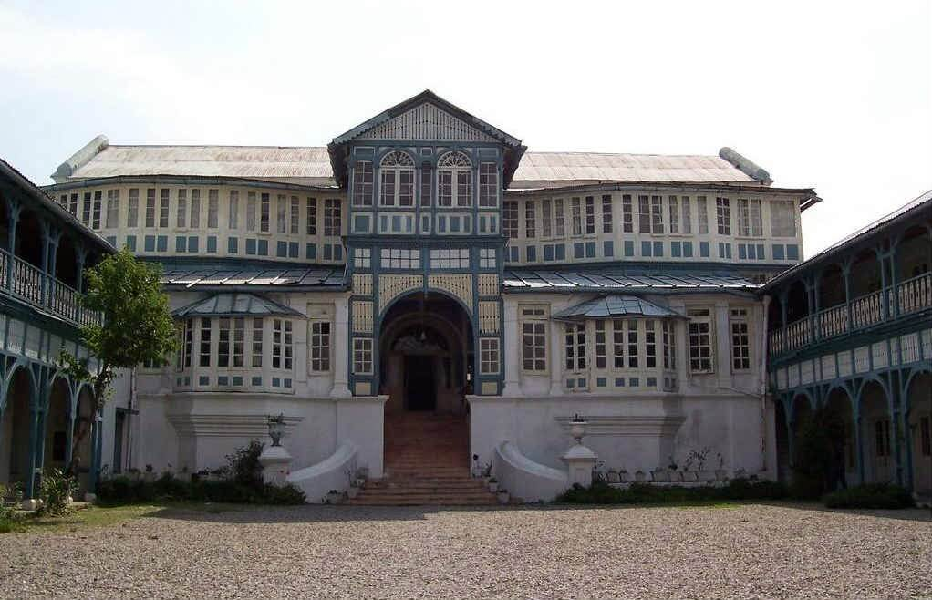 Main entrance of the haunted Fortune Savoy Hotel in Mussorie