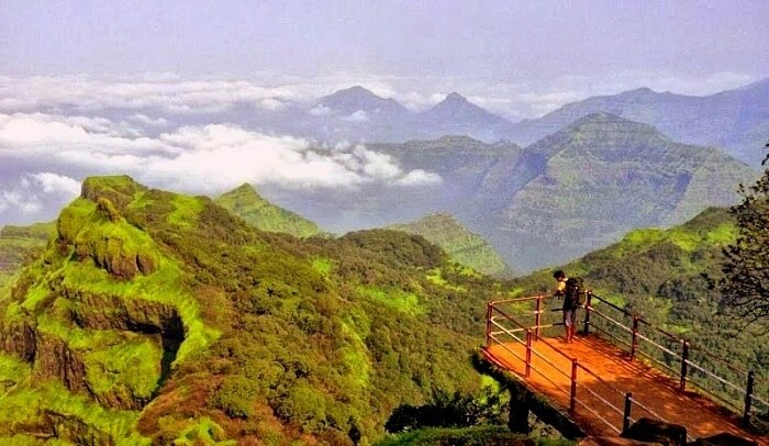 famous hill stations near ahmedabad
