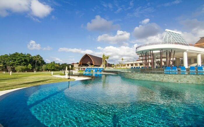 A huge outdoor pool in a resort