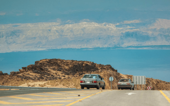 Cars heading towards the Dead Sea
