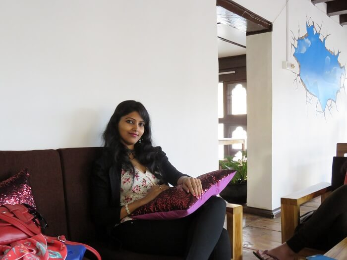 monali friend at Druk Wangyal Chorten cafe