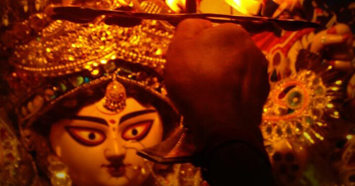 Aarti of maa Durga during Kolkata Durga Puja celebrations