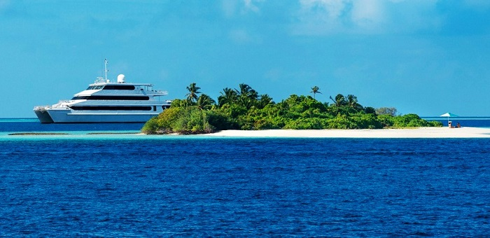 cruise in Maldives