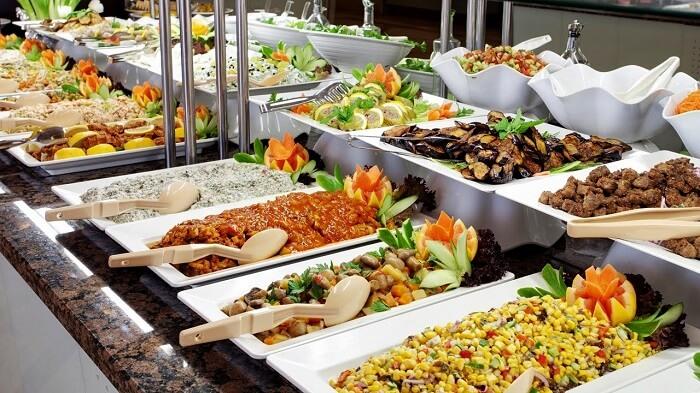 Food on cruise to Maldives