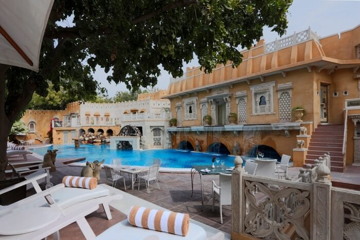 Ajit Bhawan pool