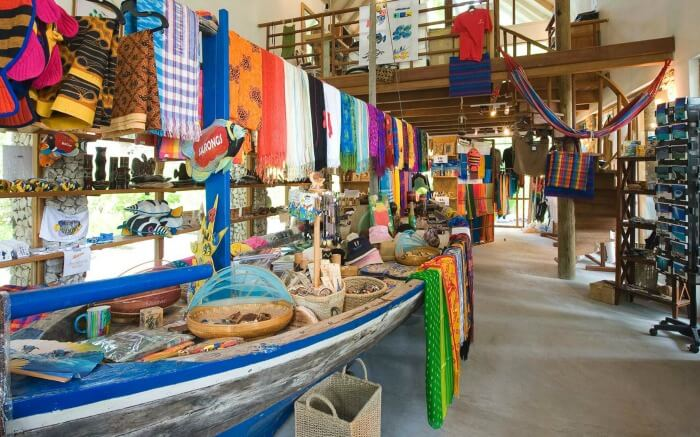8 Best Places For Shopping In Maldives