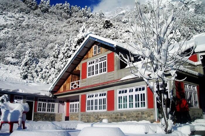 Season House in Lachung
