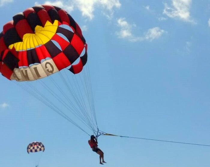 parasailing in Bali