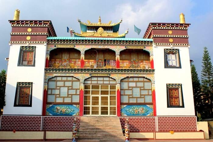 monastery in bir billing