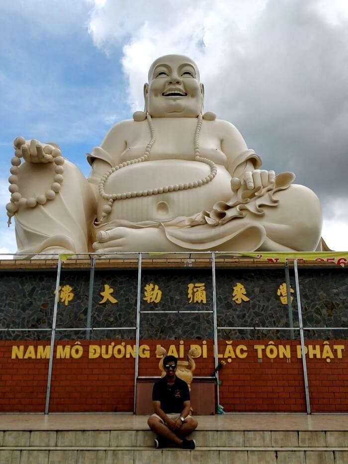 vinh pagoda in vietnam