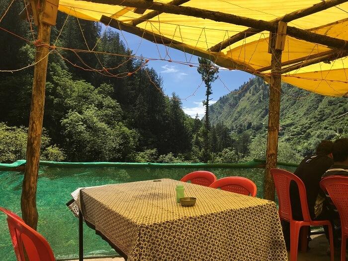 cafes in kheerganga