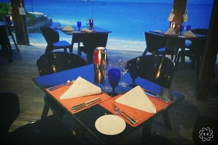 delicious buffet dinner ambuj maldives