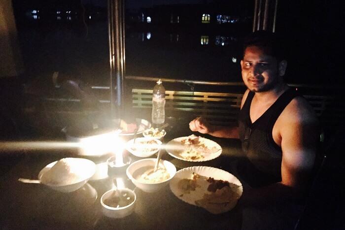 revan aarti kerala houseboat alleppey dinner