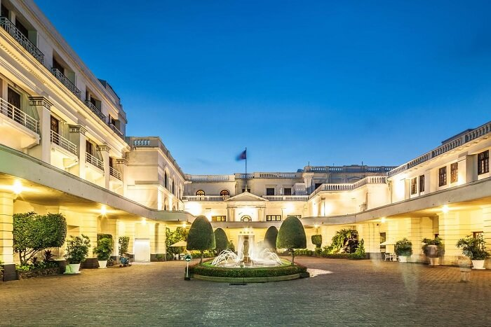famous heritage hotel in colombo