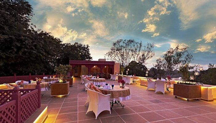 Rohet Garh Resort restaurant