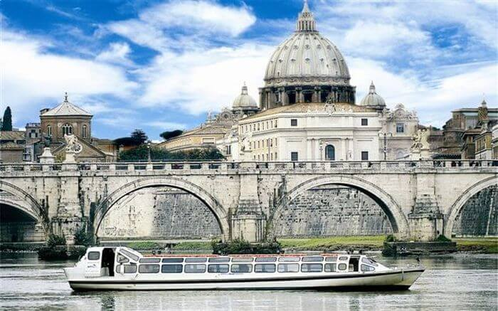 Cruise in Rome